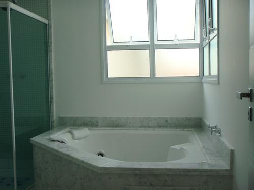banheiro-com-hidro-7