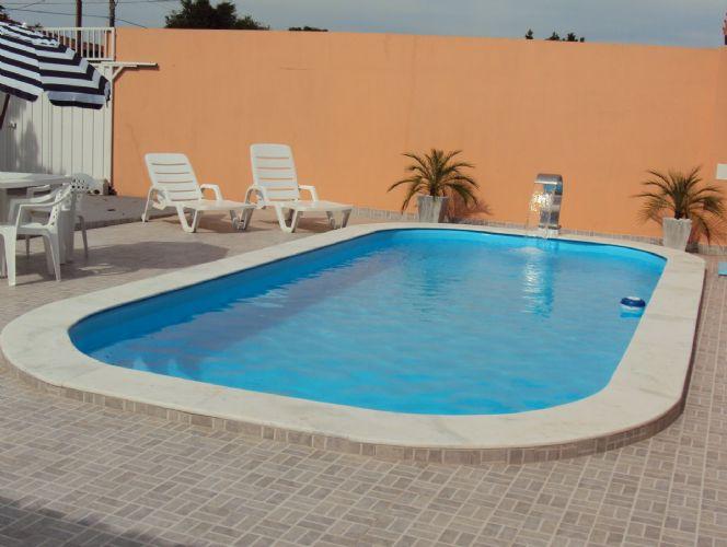Bordas para piscina de fibra modelos e pre o for Ideias para piscina de fibra