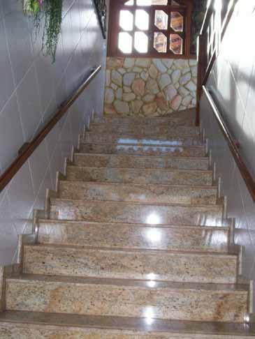 Escada de granito for Modelos de granitos para pisos