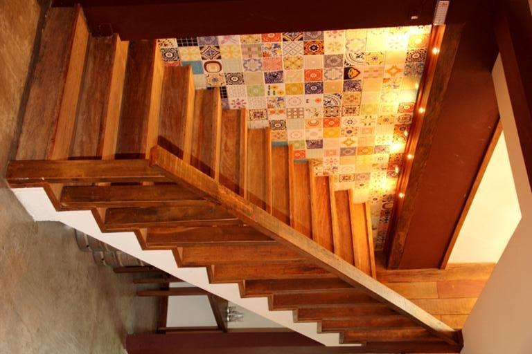 escada-em-madeira-rustica-8