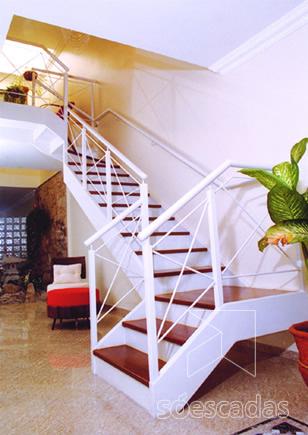 Escada Em Patamar Em Leque Concreto E Madeira Construdeiacom