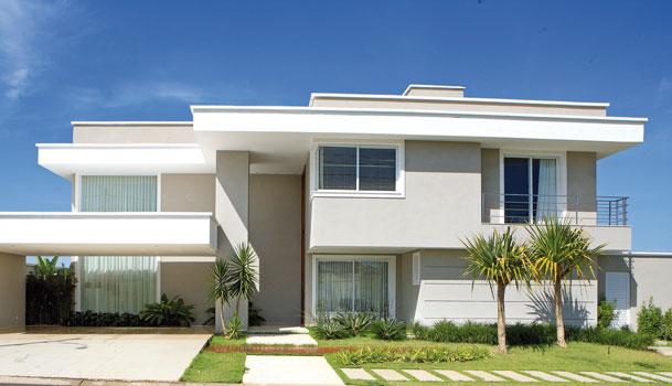Fachada de casas modernas com telhado embutido escondido for Fachadas de casas modernas em belo horizonte
