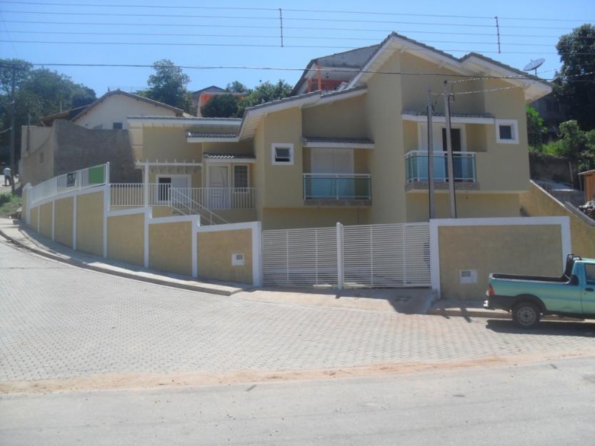 Muro de casas de esquina 10 for Disenos de casas en esquinas