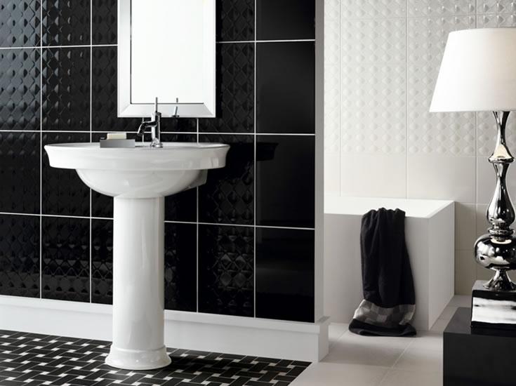 Pisos para banheiro simples cer mica e modelos for Azulejo a cuadros blanco y negro barato