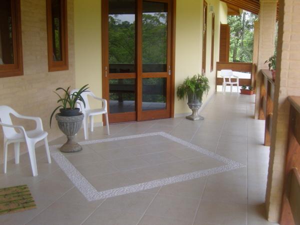 Pisos para varanda for Ceramica patios fotos