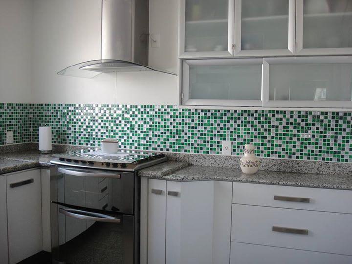 Pastilhas de Adesivo para Cozinha Construdeia.com